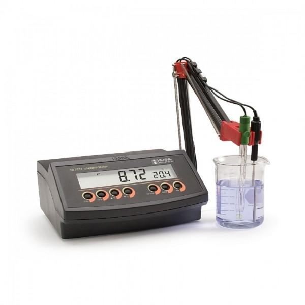 Микропроцессорный рН/С-метр HI 2211-02