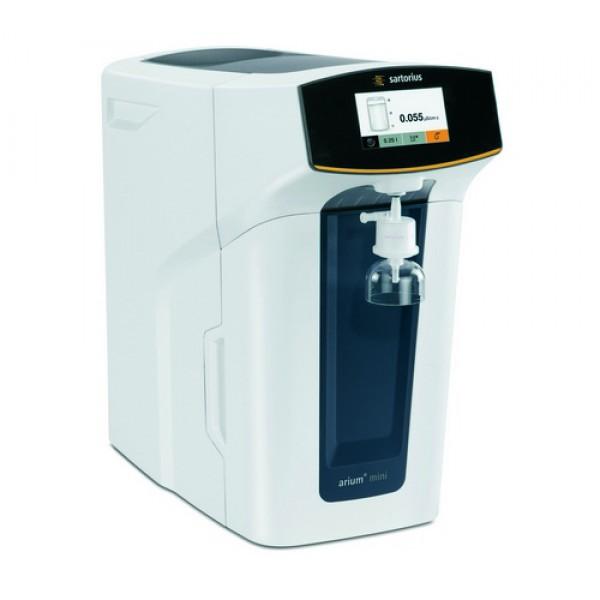 Система для получения лабораторной воды I типа arium mini