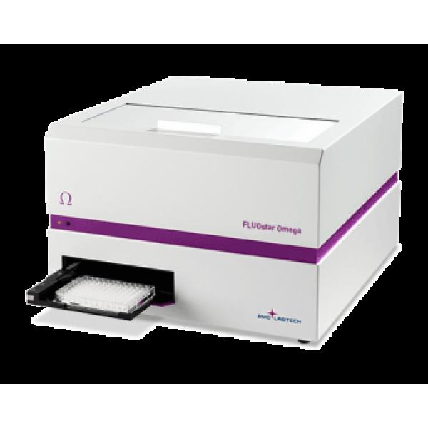 FLUOstar. Планшетный ридер для измерения интенсивности флуоресценции.