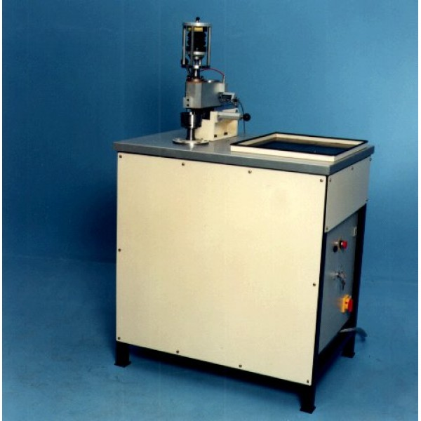 TE 67. Машина трения «Стержень на диске» с микропроцессором.